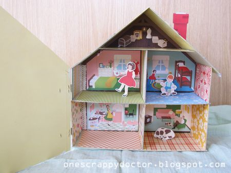 Doll-House-inside
