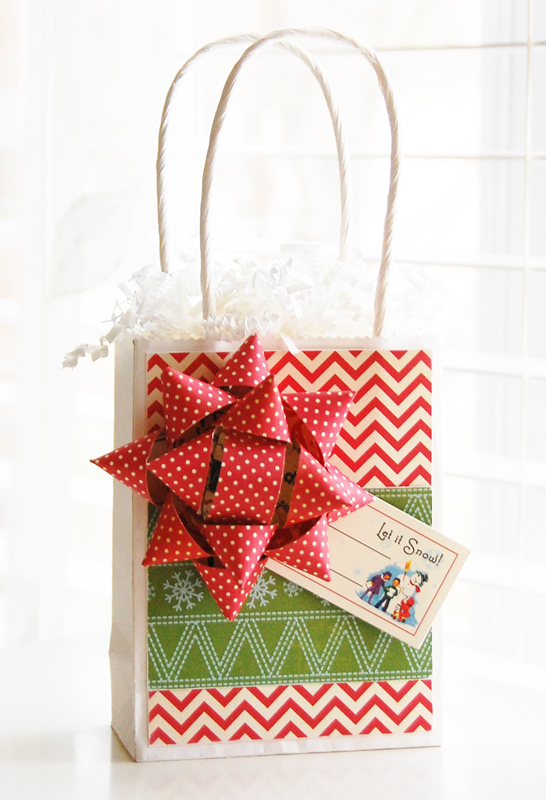 Roree-OA Dec11-Dec 6 Tutorial-Let it Snow Gift Bag and Bow 3
