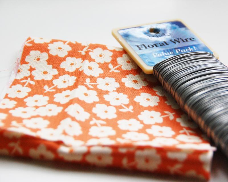 Roree-OA Jun12 tutorial-congrats gift bag step1