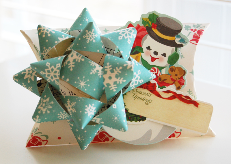 Roree-OA Nov12-Nov 29 Gift Wrap-Season's Greetings 2