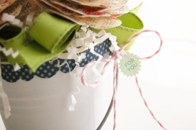Roree-OA Feb13-Feb 14 Technique-Lollipop Bouquet closeup3 2