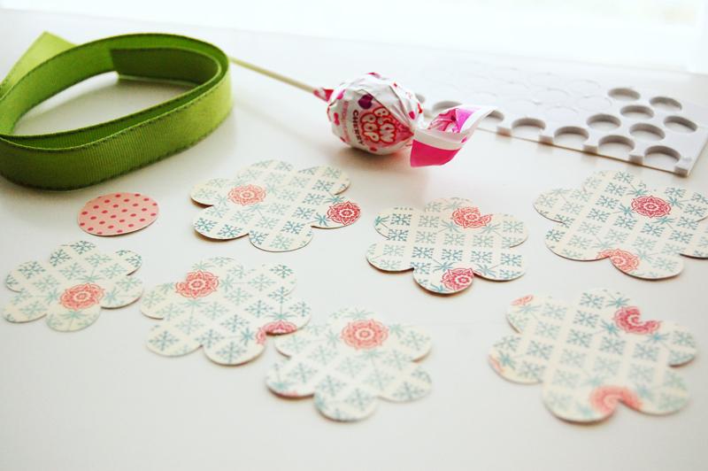 Roree-OA Feb13-Feb 14 Technique-Lollipop Bouquet step1