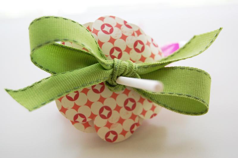 Roree-OA Feb13-Feb 14 Technique-Lollipop Bouquet step6