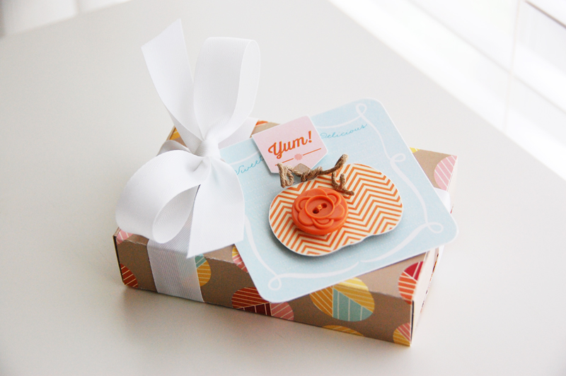 Roree-OA Oct13-Oct 1 Tutorial-Yum! Gift Box 2